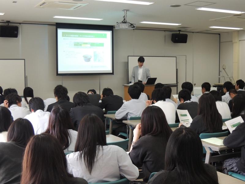北海道札幌南陵高等学校の北大見学における講演