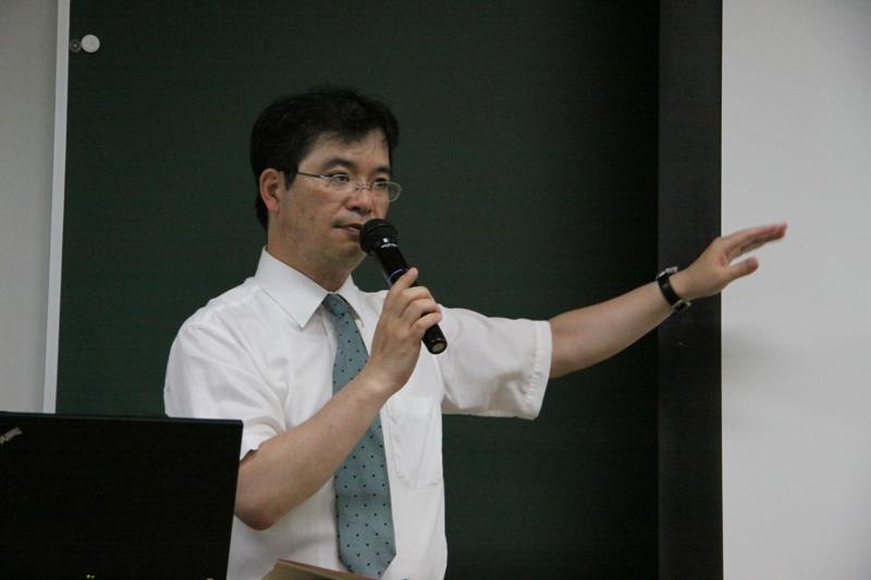 丹菊 逸治 准教授 「アイヌ語の世界」